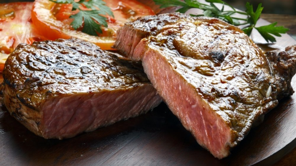 10 mistakes everyone makes when cooking steak