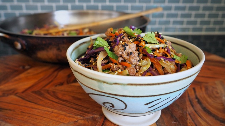 20-minute egg roll in a bowl