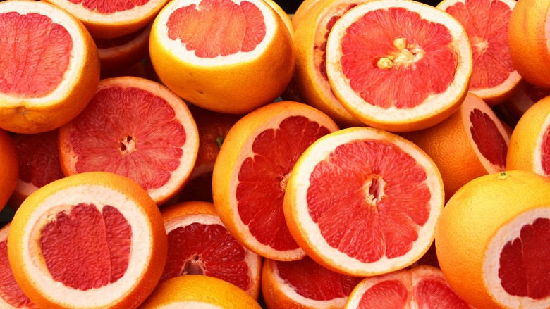 5 breakfast foods you should eat 5 you shouldnt a grapefruit a day keeps the doctor away malvernweather Images