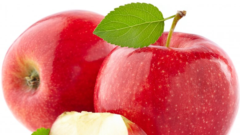 7 fruits you should be eating and 7 you shouldnt do eat apples voltagebd Gallery
