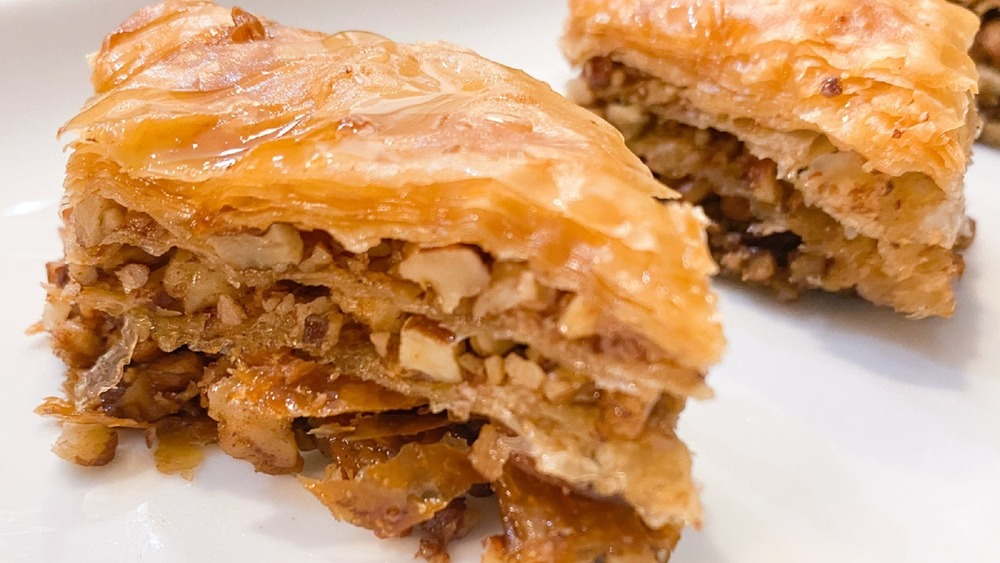 2 pieces of baklava
