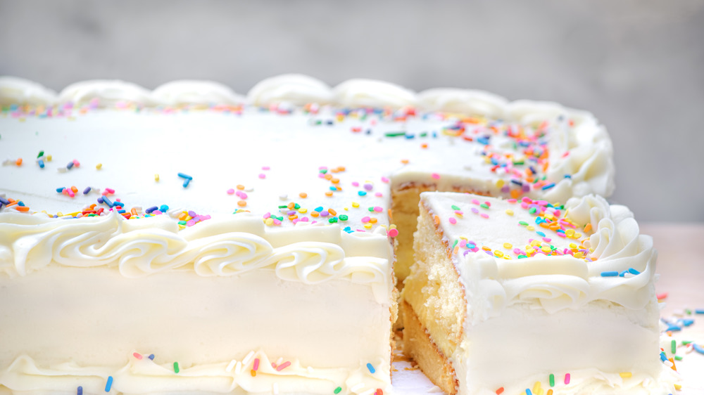 This Copycat Costco sheet cake tastes like the real thing