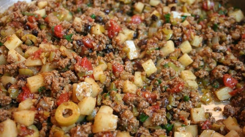 Picadillo with ground beef, olives