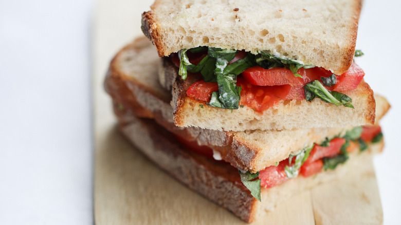 easy toasted tomato sandwich