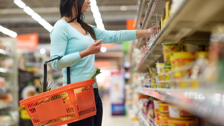 5f50b4835ba Foods you should never buy at the dollar store