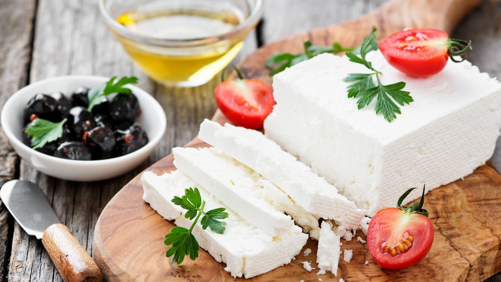 Here S What You Can Substitute For Feta Cheese