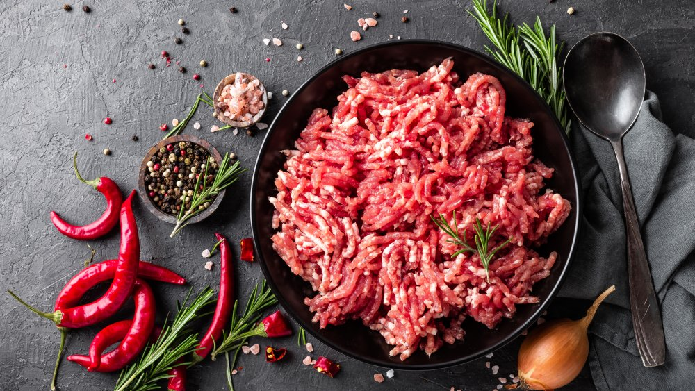 Mistakes You're Probably Making With Ground Beef