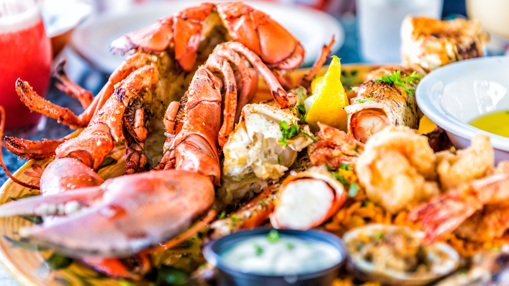 National Seafood Chains, Ranked Worst to Best