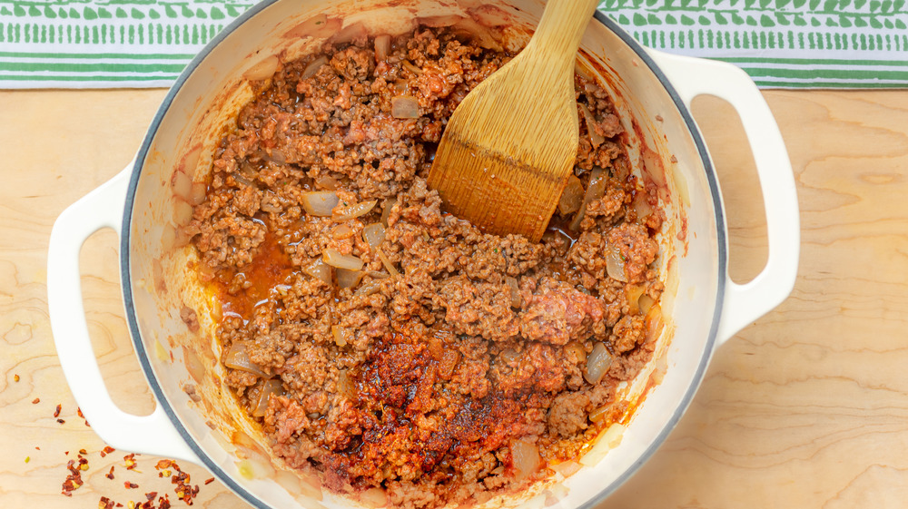 cooking ground beef for one-pot stuffed bell peppers recipe