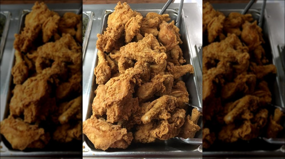 Mississippi: Old Country Store's fried chicken