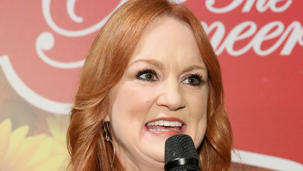 Ree Drummond speaking into microphone