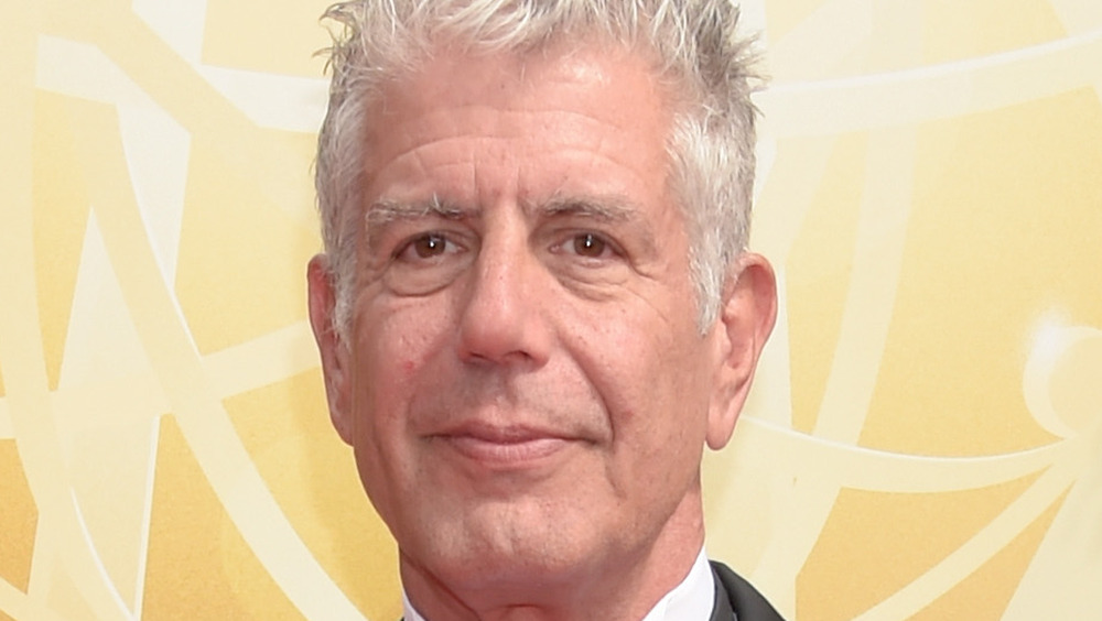 Anthony Bourdain, close-up