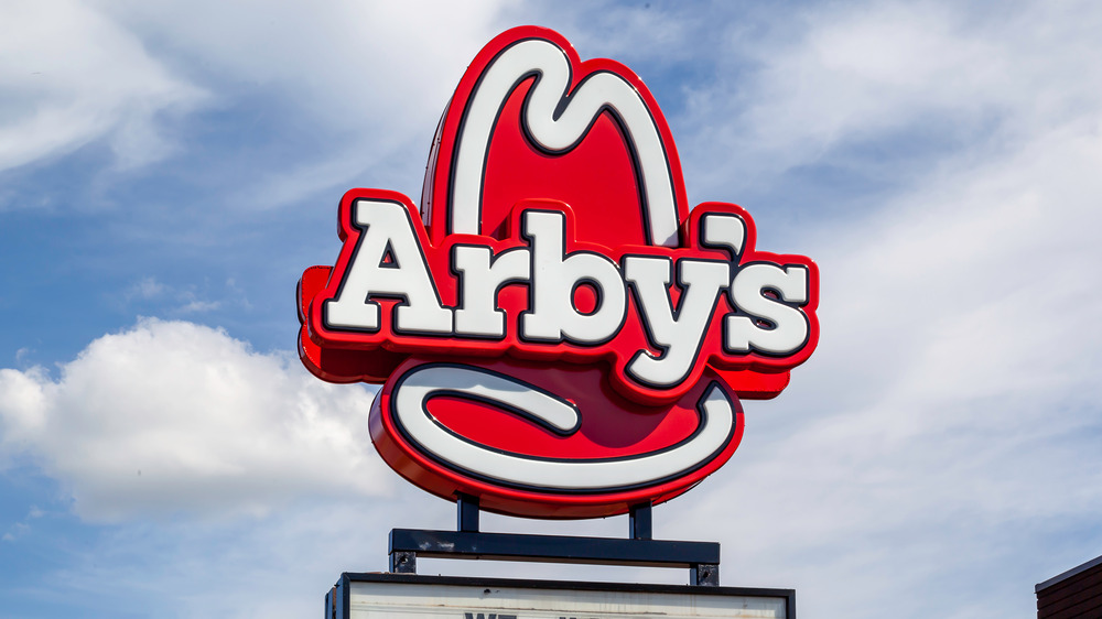 Arby's sign with hat logo