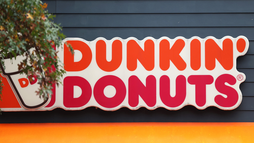 Dunkin' Donuts exterior sign