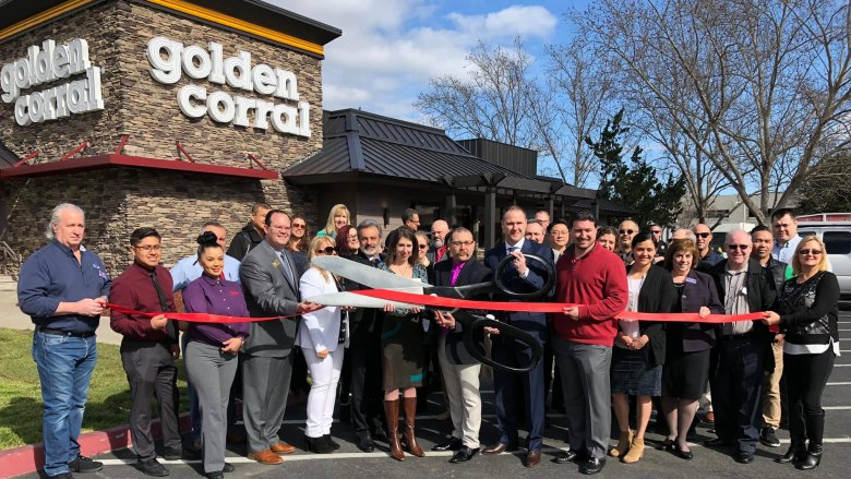 Grand opening Golden Corral Algonquin, IL