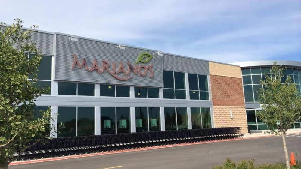 Mariano's store with carts