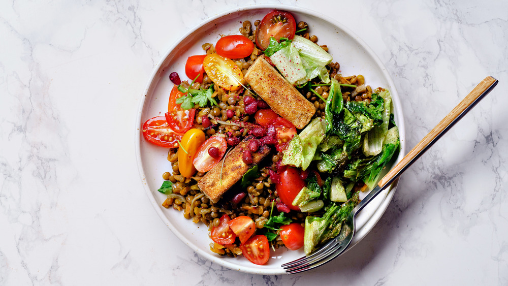 Vegetarian meal: lentils and more