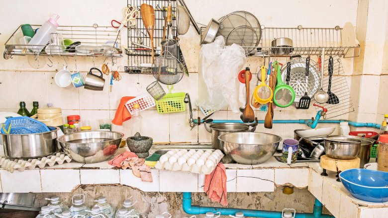 Things in your kitchen you need to throw away