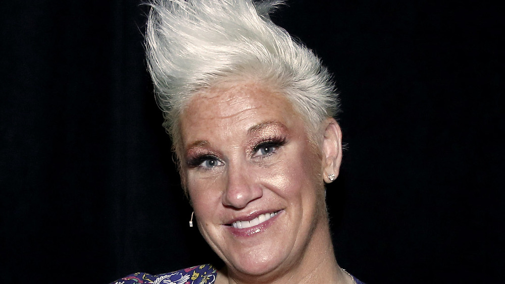 Chef Anne Burrell in pink lip gloss