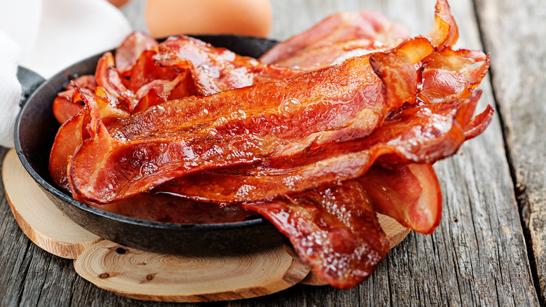 This is how bacon is really made