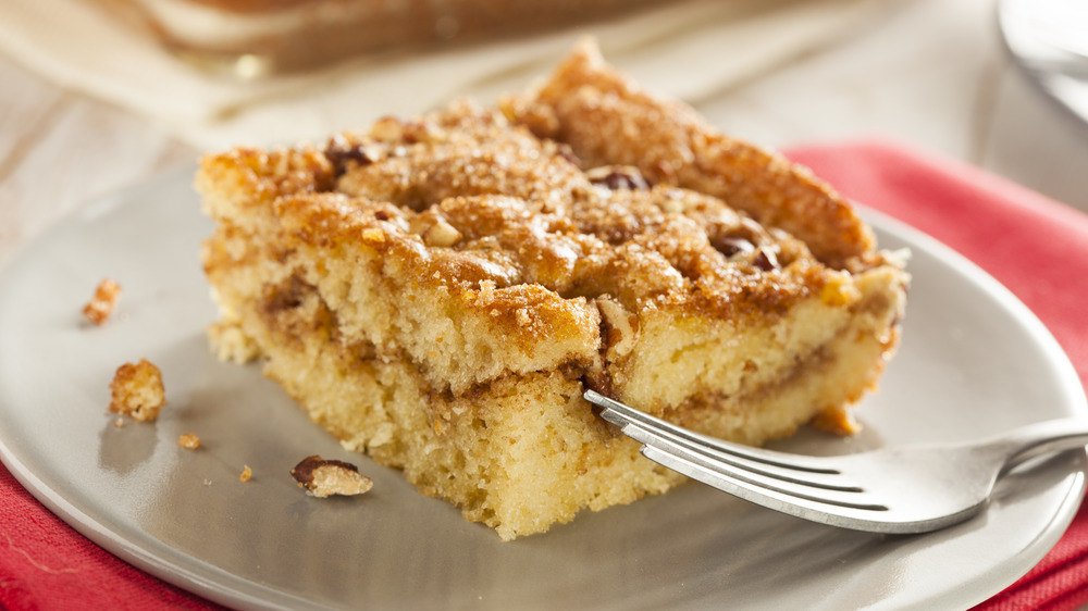 Coffee cake and a fork