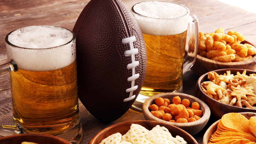 Football party foods and beer