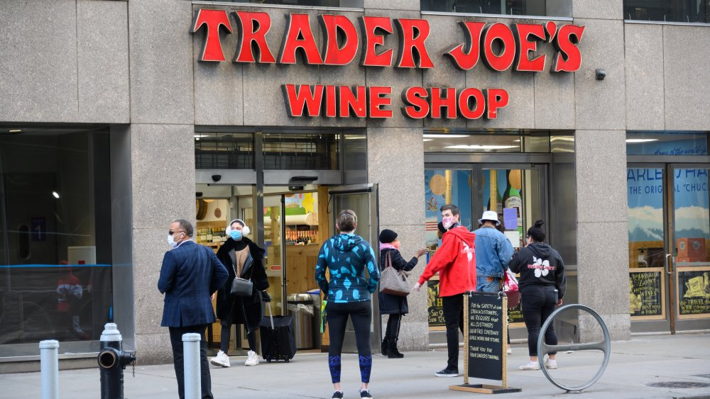 Front of a Trader Joe's store