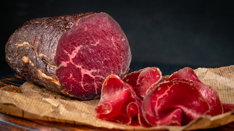 cured bresaola with slices
