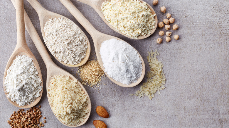 Selection of low-carb flours
