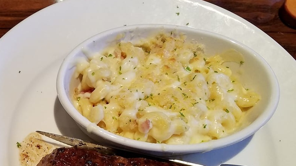 LongHorn Steakhouse mac and cheese