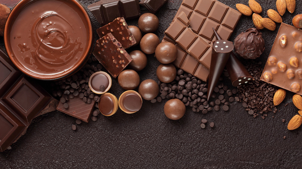 Solid and liquid chocolate assortment