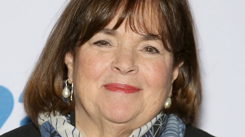 Headshot of Ina Garten in pearl earrings