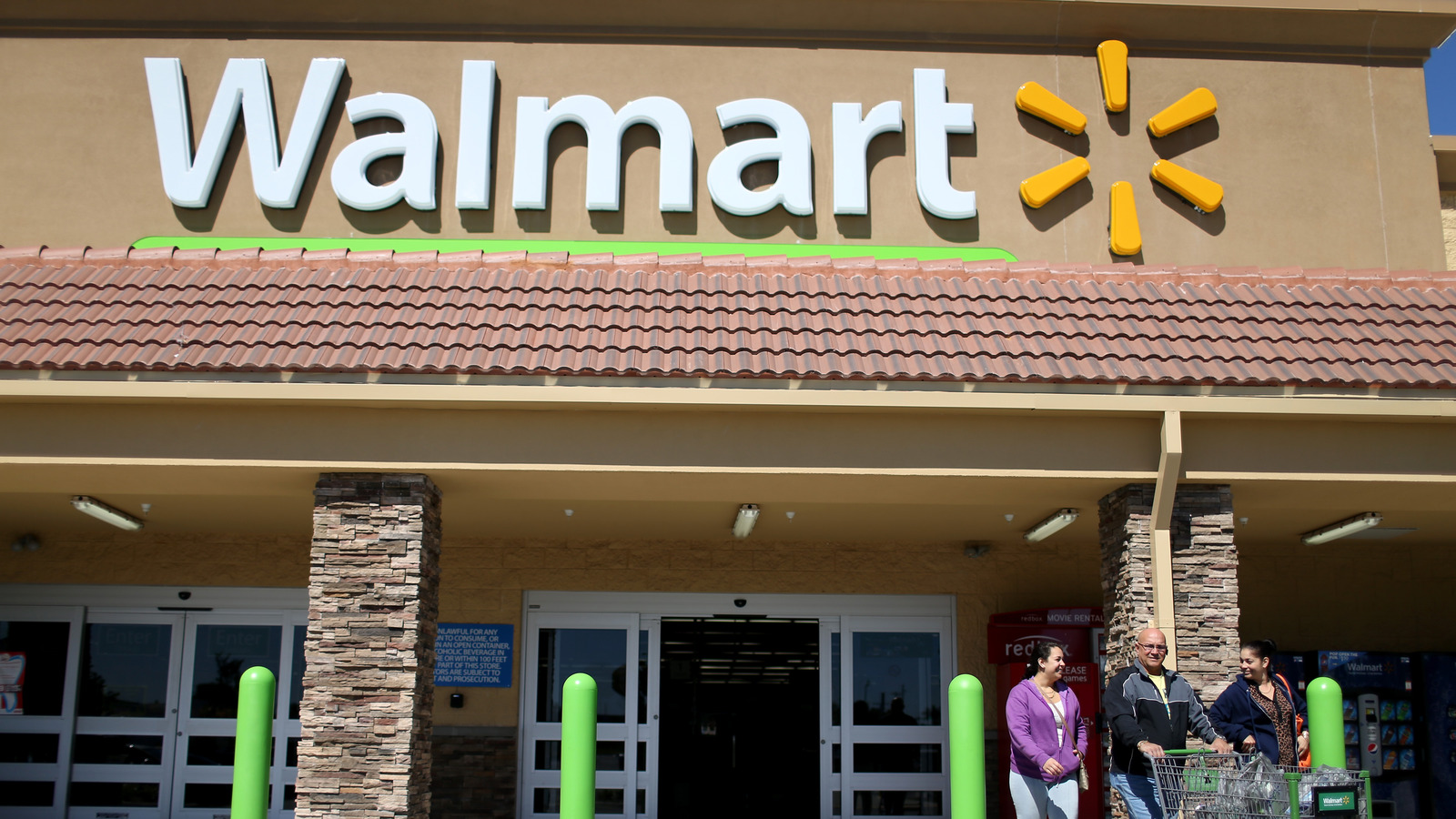 Workers reveal what it's really like to work at Walmart