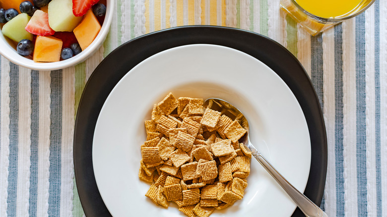 cereal, fruit and juice
